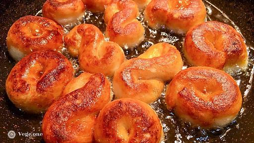 Творожные каральки, жареные в масле - рецепт